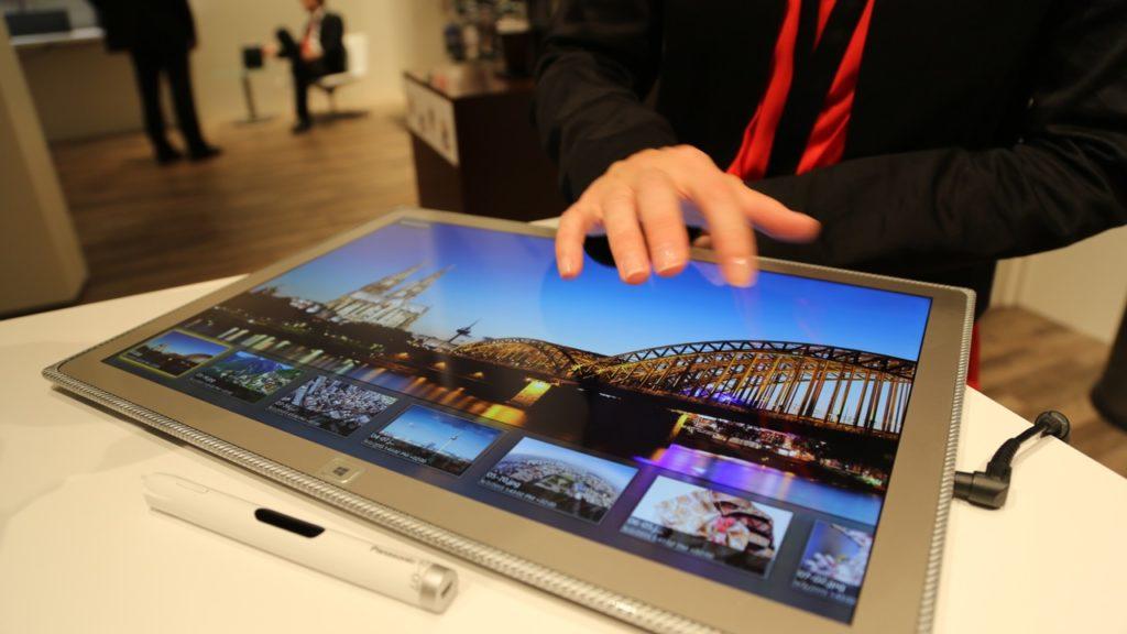 Tablette 4K Panasonic.jpeg