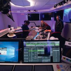 1_STUDIO FUN RADIO - 6.jpg